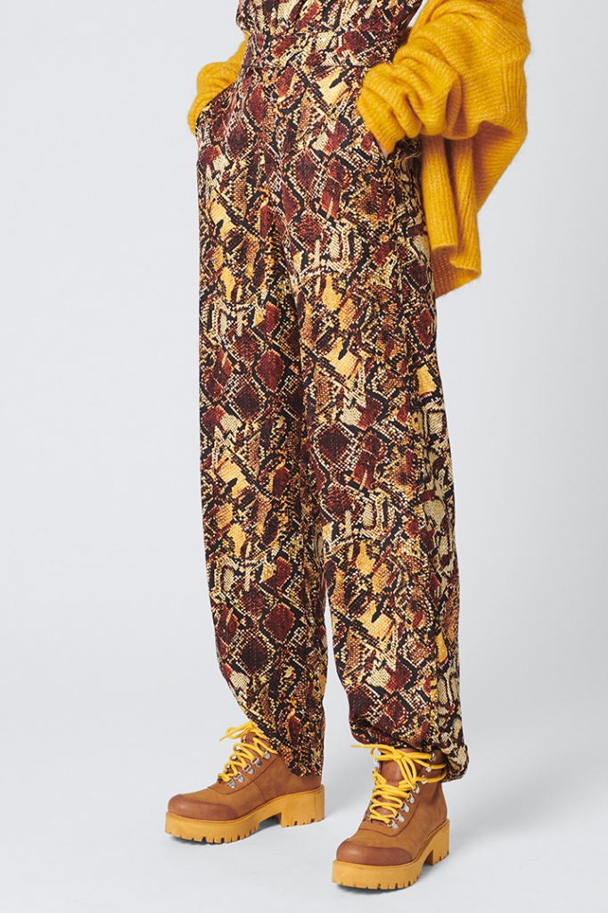 ChellaGZ pants Red/yellow snake