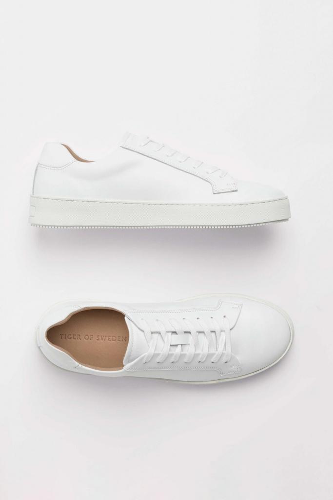 Salas White