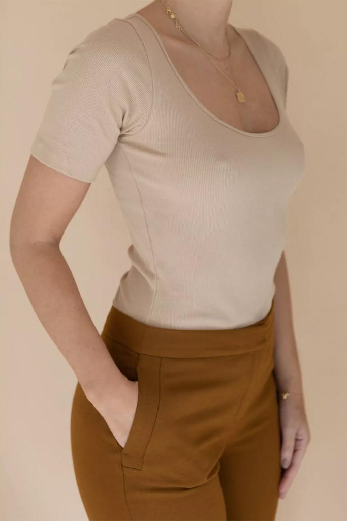 SB T-shirt ribbed beige