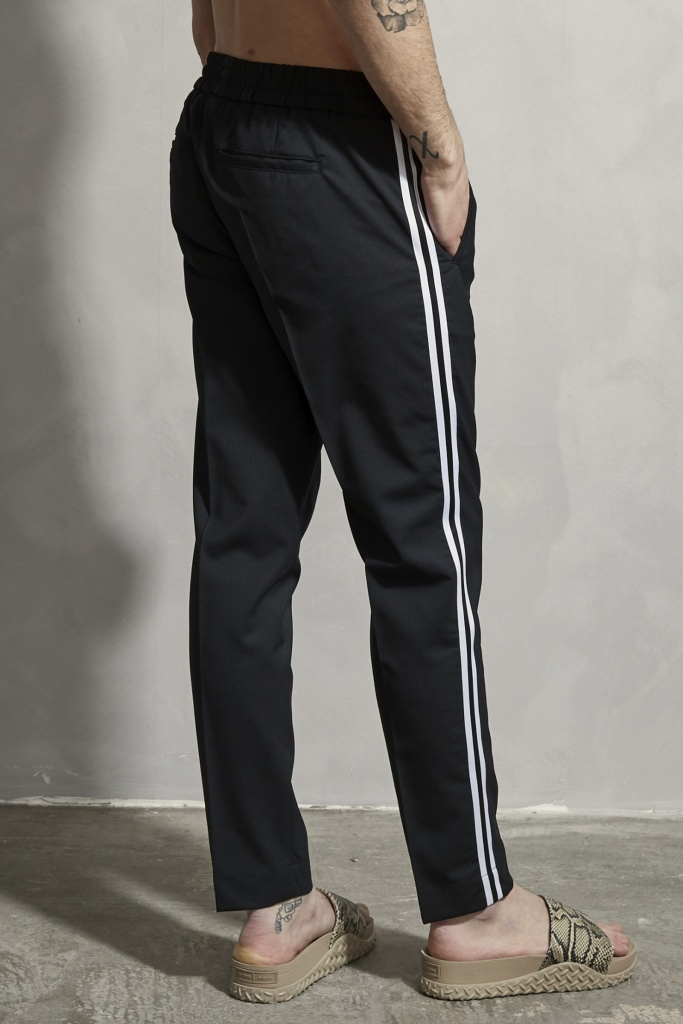 Cropped Side Taping Trousers Black