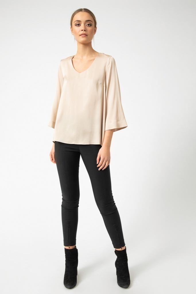 Emiko blouse powder