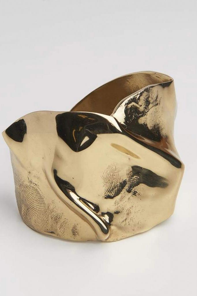 Folded cuff gold