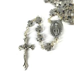 Rosenkrans av många kors