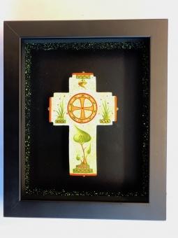 Dekorerat kors i djup, svart träram (19x23), äkta ikon