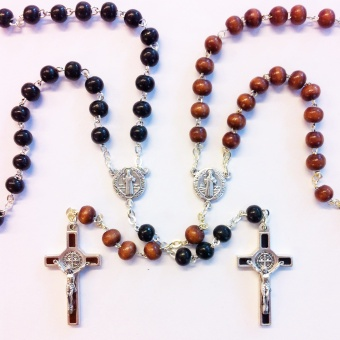 Benedictus-rosenkrans, brun