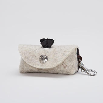 Cloud7 Doggy-Do-Bag Felt Snap Hook Silver