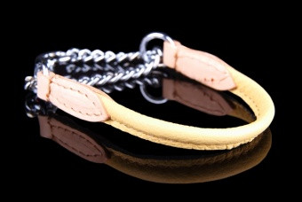 Round collar with chain